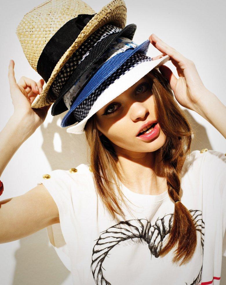 5. Слишком много шляп