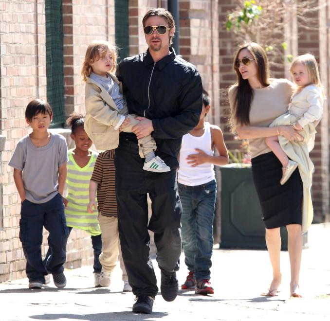 Анджелина Джоли: о главной цели, материнстве, благотворительности и трех жизнях